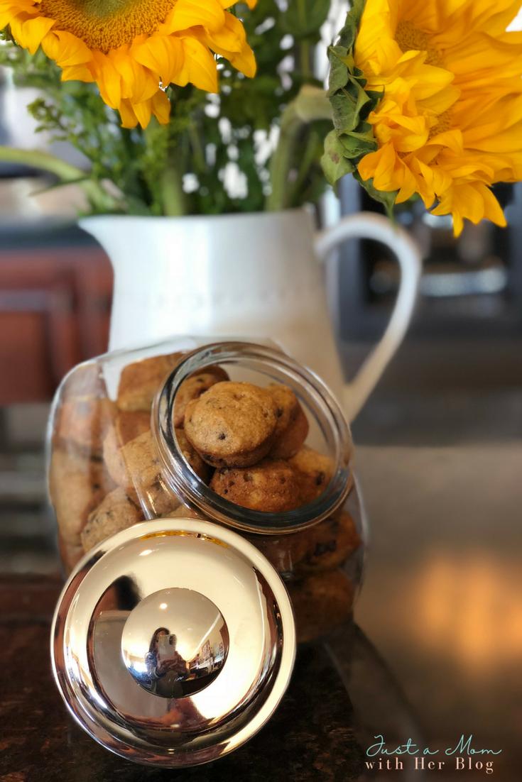 The Best Banana Chocolate Chip Mini Muffins