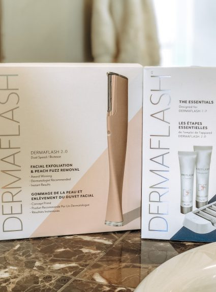 Dermaflash 2.0 Facial Exfoliation & Peach Fuzz Removal Device – Everyday Holly