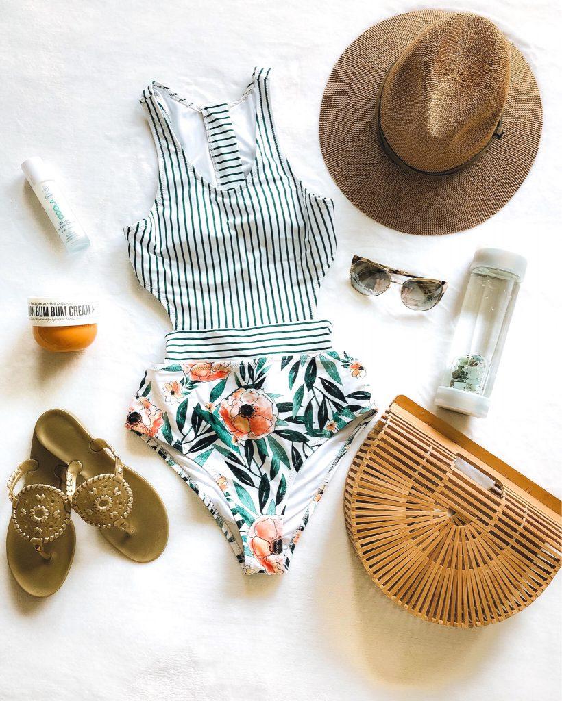 Everyday Holly Blog Weekly Roundup - April Week 3 K.bell socks summer style