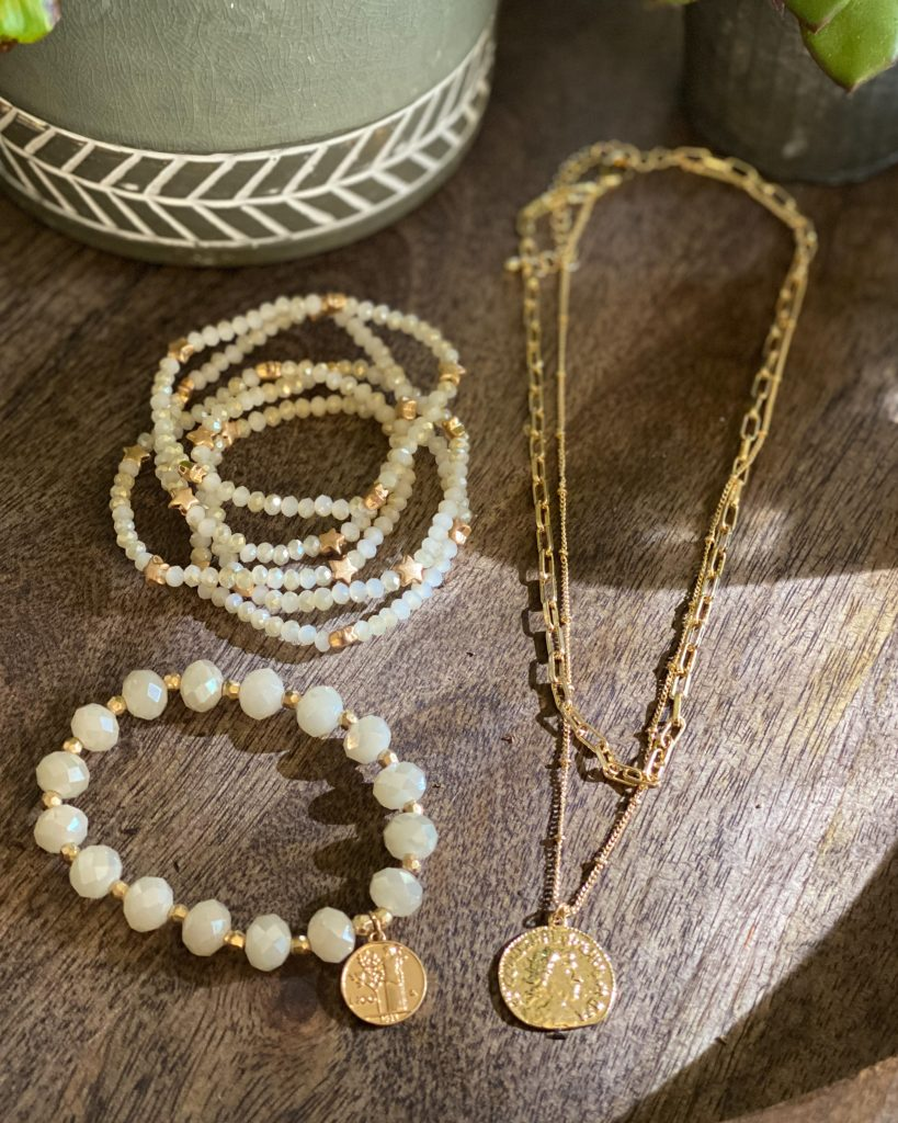 affordable accessories!  Save 10% code Holly10