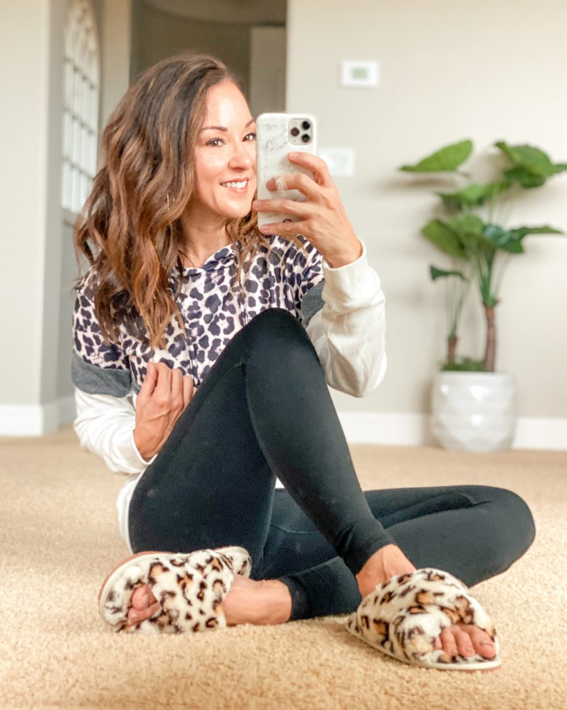 affordable fall casual Leopard style leopard hoody and leopard slippers