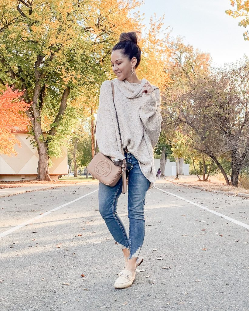 cozy fall style, mom style, everyday style, elizabeth bae boutique