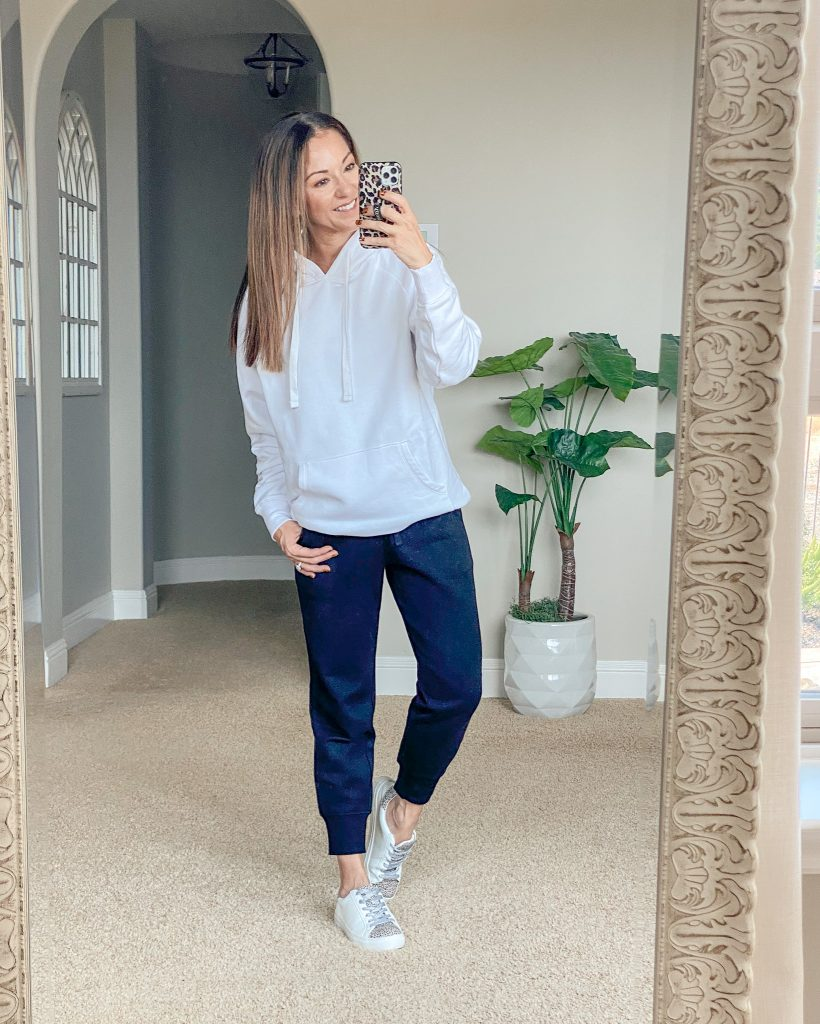 comfy casual style, hoodie style, momstyle